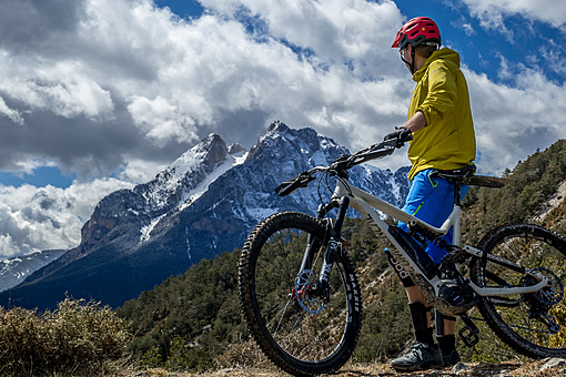 specialized ebike in andora.jpg
